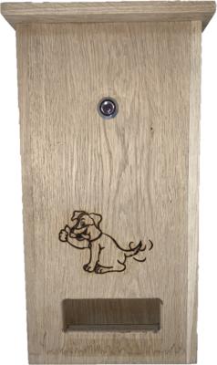DepoDog Wood, de houten dispenser voor hondenpoepzakjes. Natuurlijke uitstraling